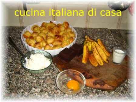 Profiteroles alla banana la ricetta di un dolce biono e facile da preparare con foto di cucina - Cucina italiana di casa ...