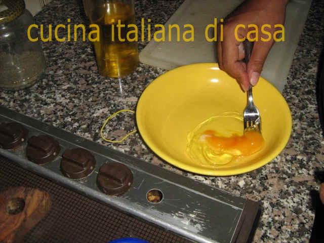 Come preparare la mozzarella in carrozza ricetta fotografata passo a passo di cucina italiana di - Cucina italiana di casa ...