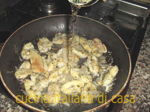 Come preparare le rane al limone ricetta fotografata passo a passo di cucina italiana di casa - Cucina italiana di casa ...