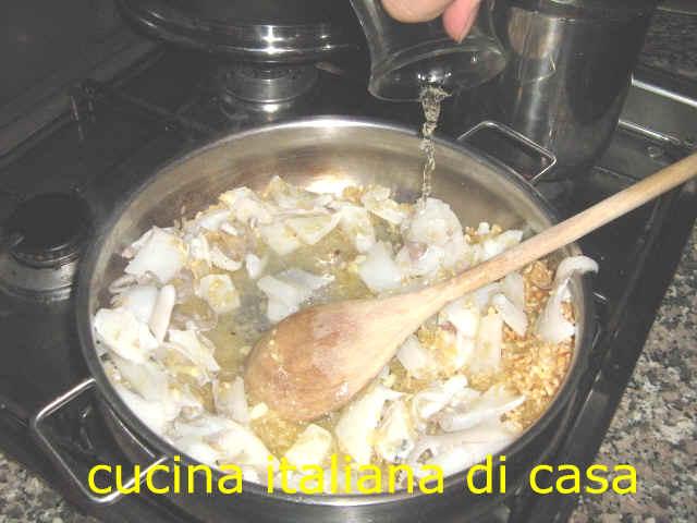 Come preparare il risotto con le seppie e il loro nero for Cucinare risotto