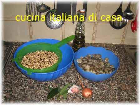Zuppa di fagiolina e vongole ricetta tradizionale del territorio urbinate con foto di cucina - Cucina italiana di casa ...