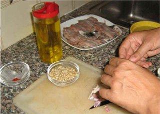 Come preparare la pasta con le sarde ricetta tradizionale for Casa tradizionale siciliana