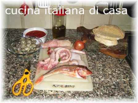 Caciucco caciuco la famosa zuppa di pesce alla livornese for Cucina italiana pesce